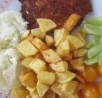 Tuniakové placky z ovsenými vločkami a zemiakovými kroketkami